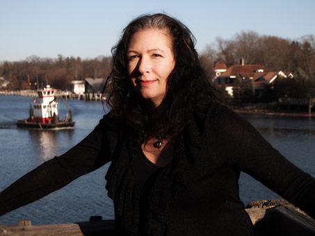 Author Jacqueline Carey